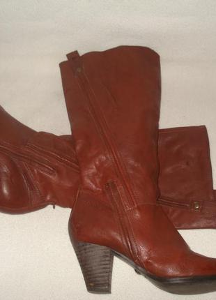 38-39 р./25 cм. фирменные демисезонные кожаные сапоги vagabond