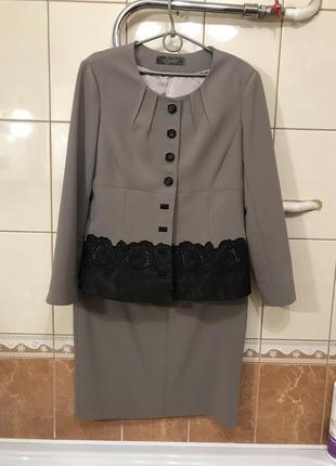 Стильный женский костюм пиджак юбка классика