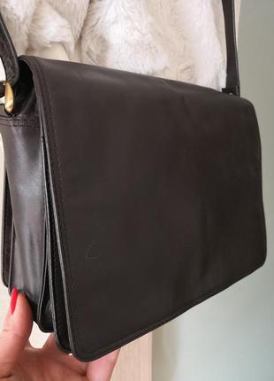 Стильная кожаная сумка visconti