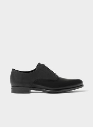 Очень стильные мужские кожаные туфли zara, черного цвета