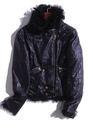 Курточка черная из натуральной кожи