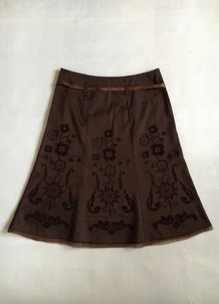 Шелковая юбка с вышивкой
