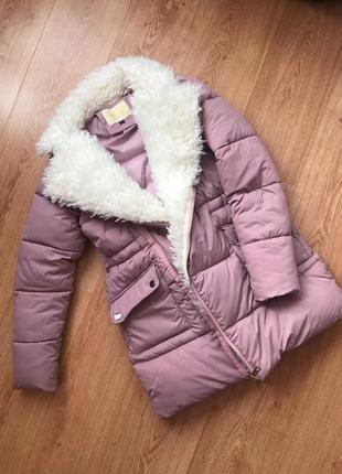 Зимняя  куртка  пуховик с мехом