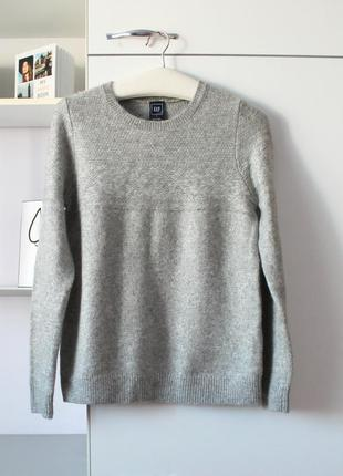 Теплый свитер с шерстью в составе от gap