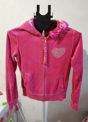 Красивый розовый велюровый костюм