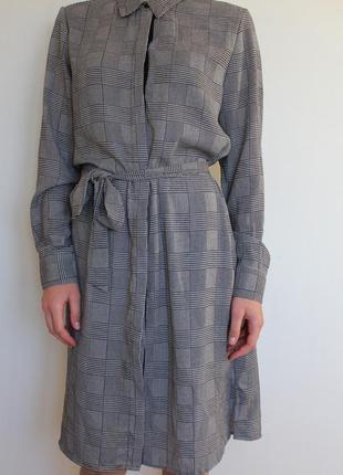 Платье рубашка mango в клетку с поясом
