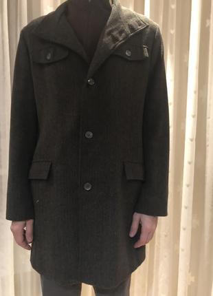 Мужское пальто классическое