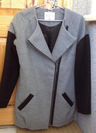 Осеннее пальто gropp