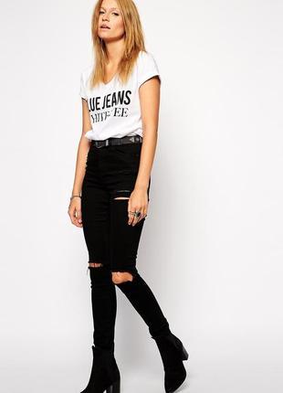 Черные джинсы с рваными коленками asos ridley