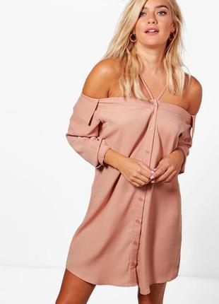 Новое платье-рубашка с открытыми плечами boohoo