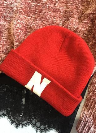 Стильна шапочка