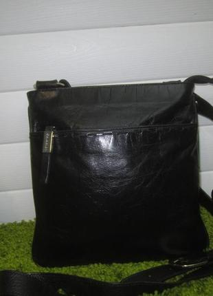 Актуальная кожаная сумка английского бренда debenhams нат. кожа