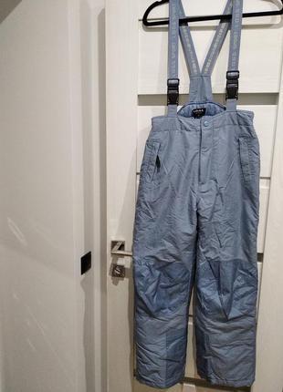 Фирменные штаны для катания на лыжах и сноуборде,