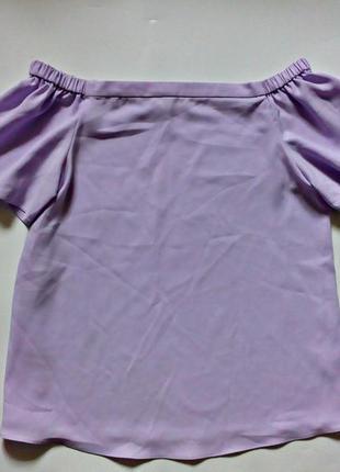 Женственная романтичная блуза с открытыми плечами s