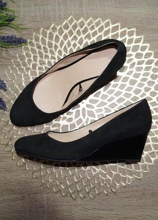 (40/26см) footglove! замша! красивые туфли высокого качества на удобной танкетке