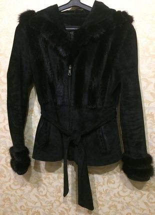 Тёплая замшевая куртка со вставками норки