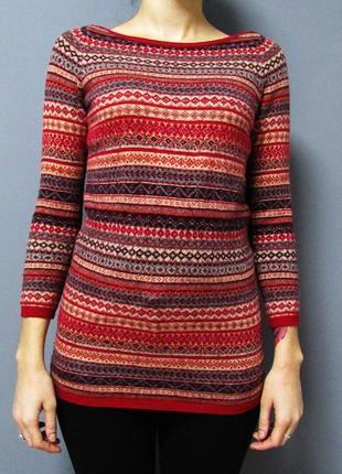 Яркий мягенький свитер в орнамент