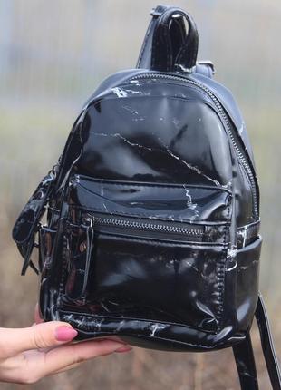 Новый черный мраморный рюкзак