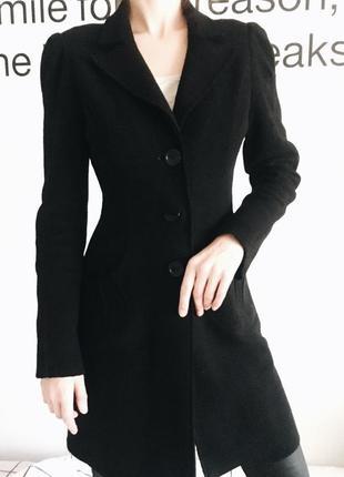 Шерстяное пальто приталенное/ женственное пальто