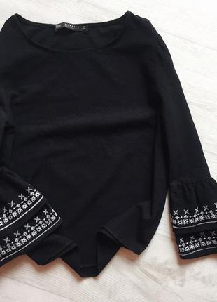 Топ блуза с рукавами воланами с вышивкой zara