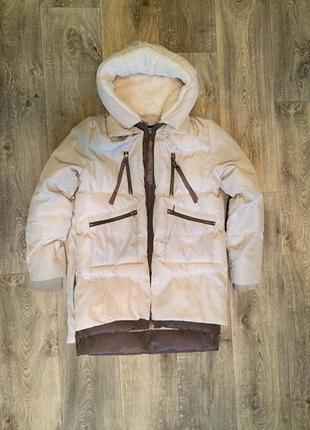 Удлиненная зимняя куртка парка в бежево-шоколадных тонах. м-л