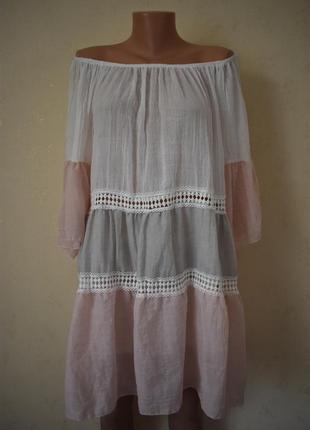 Нежное легкое итальянское платье с открытыми плечами