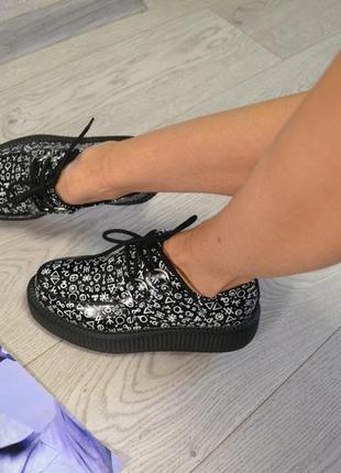 Стильные  криперы туфли кеды