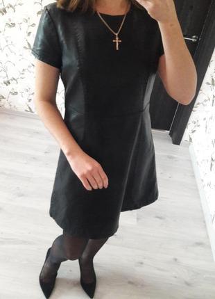 Кожаное черное мини платье denim co