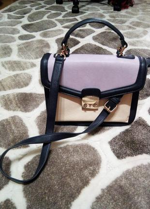 Стильная сумочка от accessorize