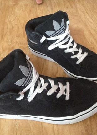 Кроссовки adidas  р.41