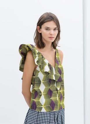 Блуз с воланами рюшами zara