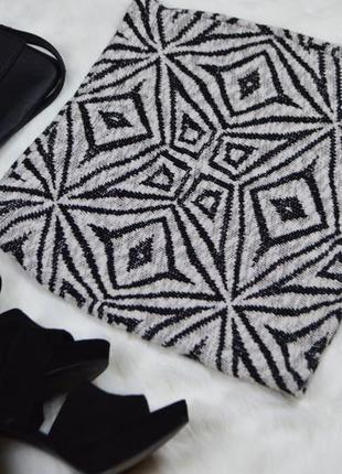 Коттоновая мини-юбка с орнаментом