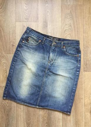 Джинсовая юбка карандаш классика витраж бренд guess