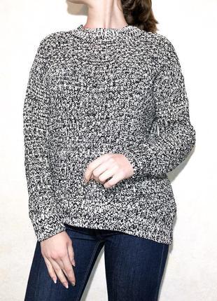 Красивенький черно-белый свитер от h&m