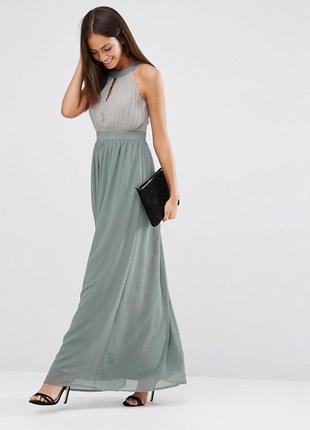 Шифоновое платье с вырезом капелькой club l