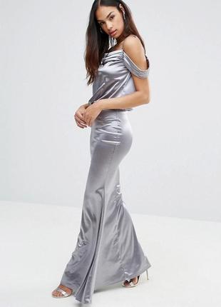 Драпированное атласное платье с юбкой годе club l