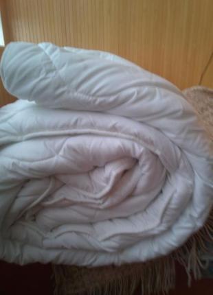 Одеяло очень теплое