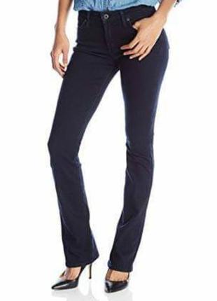 Модные темно синие клешоные от колена джинсы
