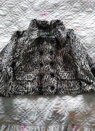 Шикарный меховой пиджак куртка под леопарда.