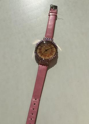 Часы, часи, годинник на руку.