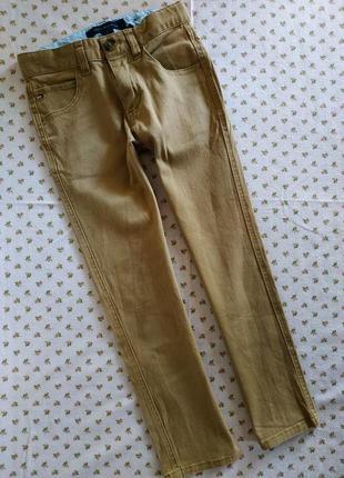 Классные,джинсики от очень известного бренда)) на бирке-6 лет.