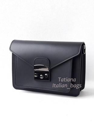 Модная новинка. кожаная сумка pochette, черная. италия