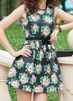 Шикарное платье в стиле беби -долл!