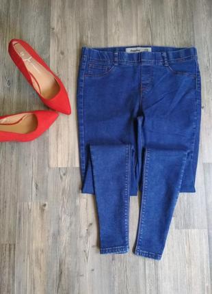 Стильные джинсы скинни на резинке джеггинсы