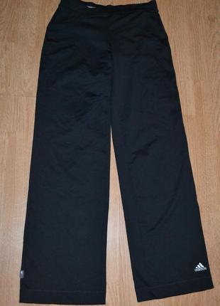 Спортивные брюки от adidas р.s