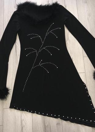 Новое нарядное платье турецкой фабрики ghazel, отороченное перьями страуса