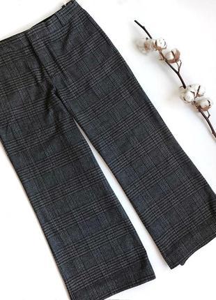 Серые укороченные брюки zara в клетку на высокой посадке кюлоты
