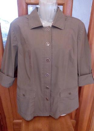 Курточка 100% котон стан нової.  красиві металеві гудзики.