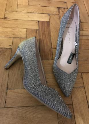 Туфлі срібло-золото повний 39розмір