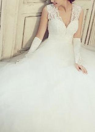 Нове весільне плаття! розпродаж ціна 3200 грн.якість гарна